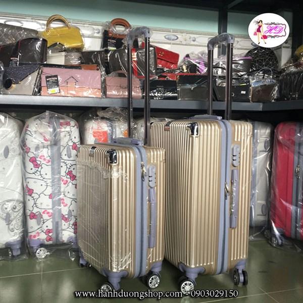 Vali du lịch nhựa bền đẹp